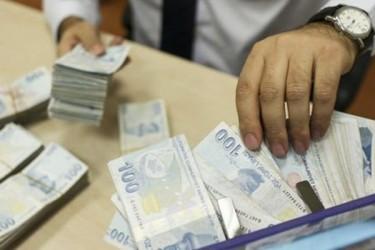 Kredi Çekmek İsteyenlere Faizsiz Kredi Müjdesi Geldi! Ziraat Bankası Başvuru Rekoru Kırıyor!